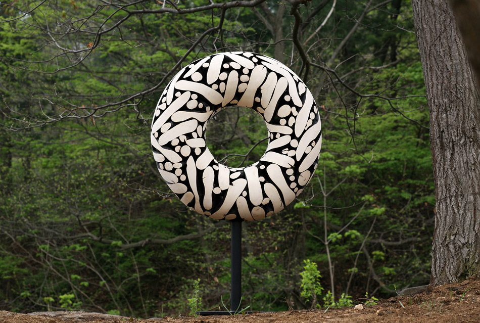 Tree Trunks to Stunning Wood Sculptures By Lee Jae Hyo 13