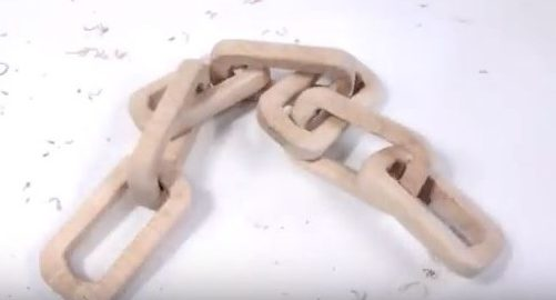 Art of making a Wooden Chain with a Single Block of Wood 1